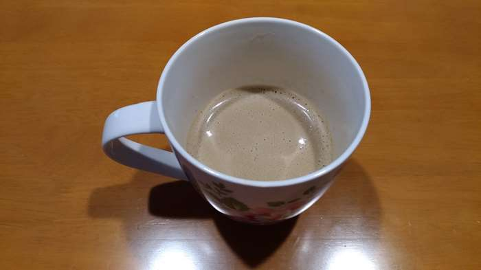 朝一番にのむバターコーヒーは格別!グラスフェッドバターとMCTオイルで簡単に作れちゃう!